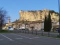 Au-dessus de Mornas par la forteresse et le Crestaïre